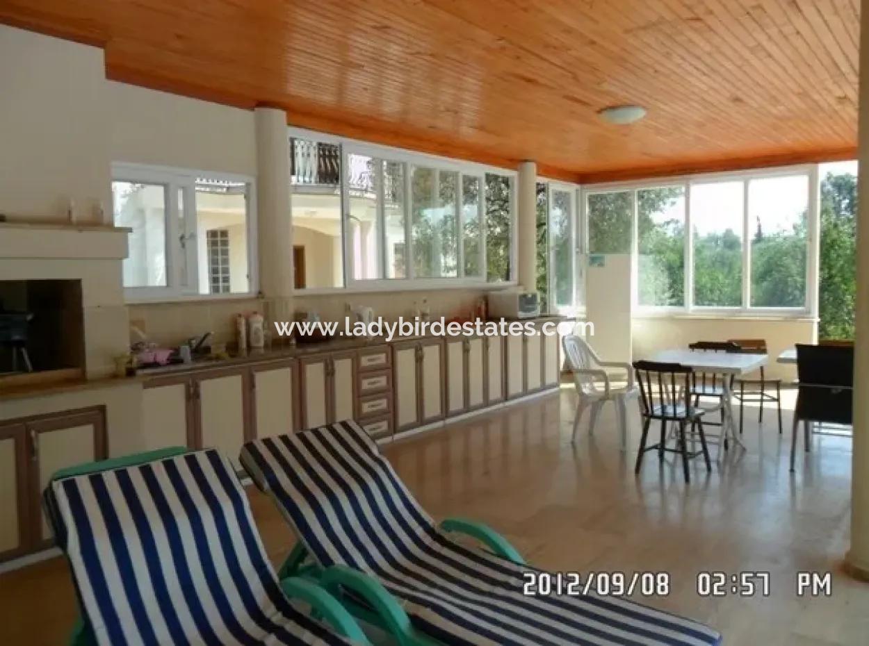 Köyceğiz - 6 Bed Detached House And 45,000M2 Of Olives Groves
